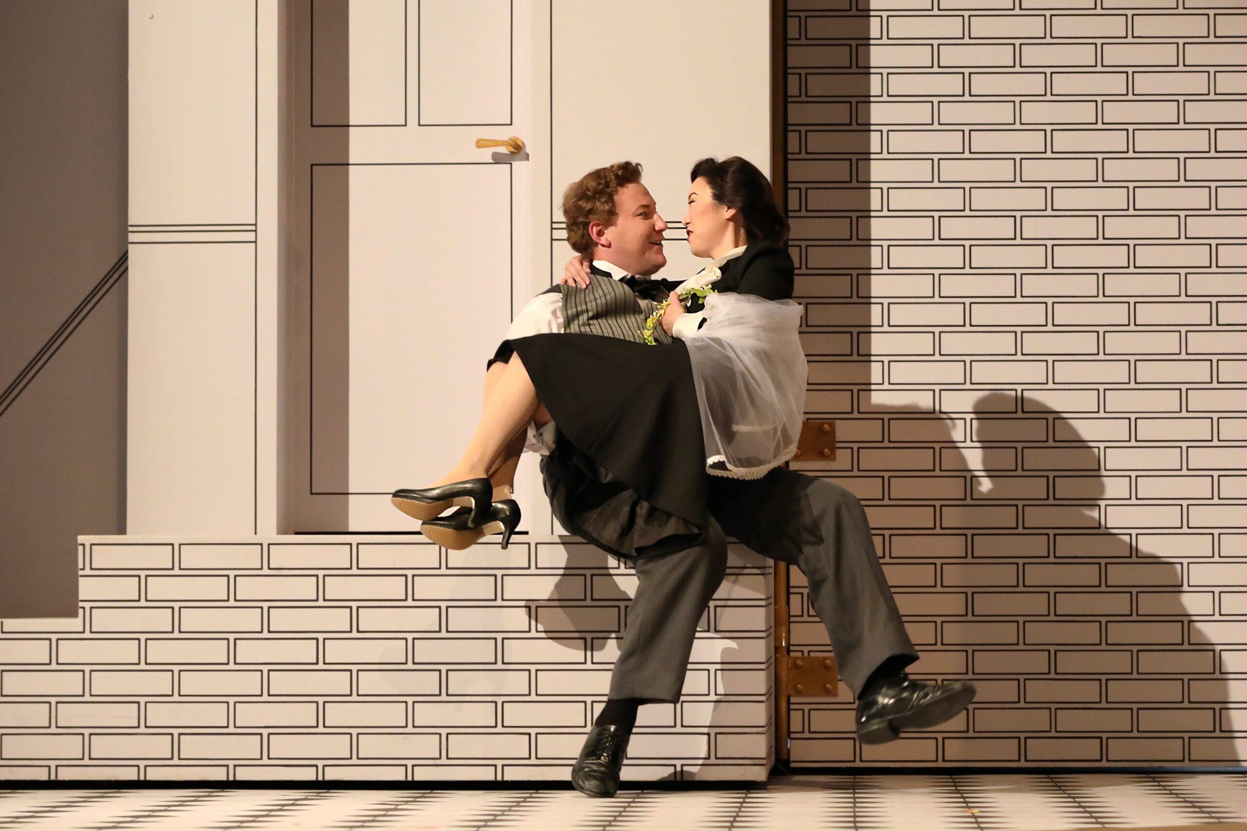 Nicholas Brownlee (Figaro), Ying Fang (Susanna). Photo Credit: Curtis Brown For The Santa Fe Opera, 2021