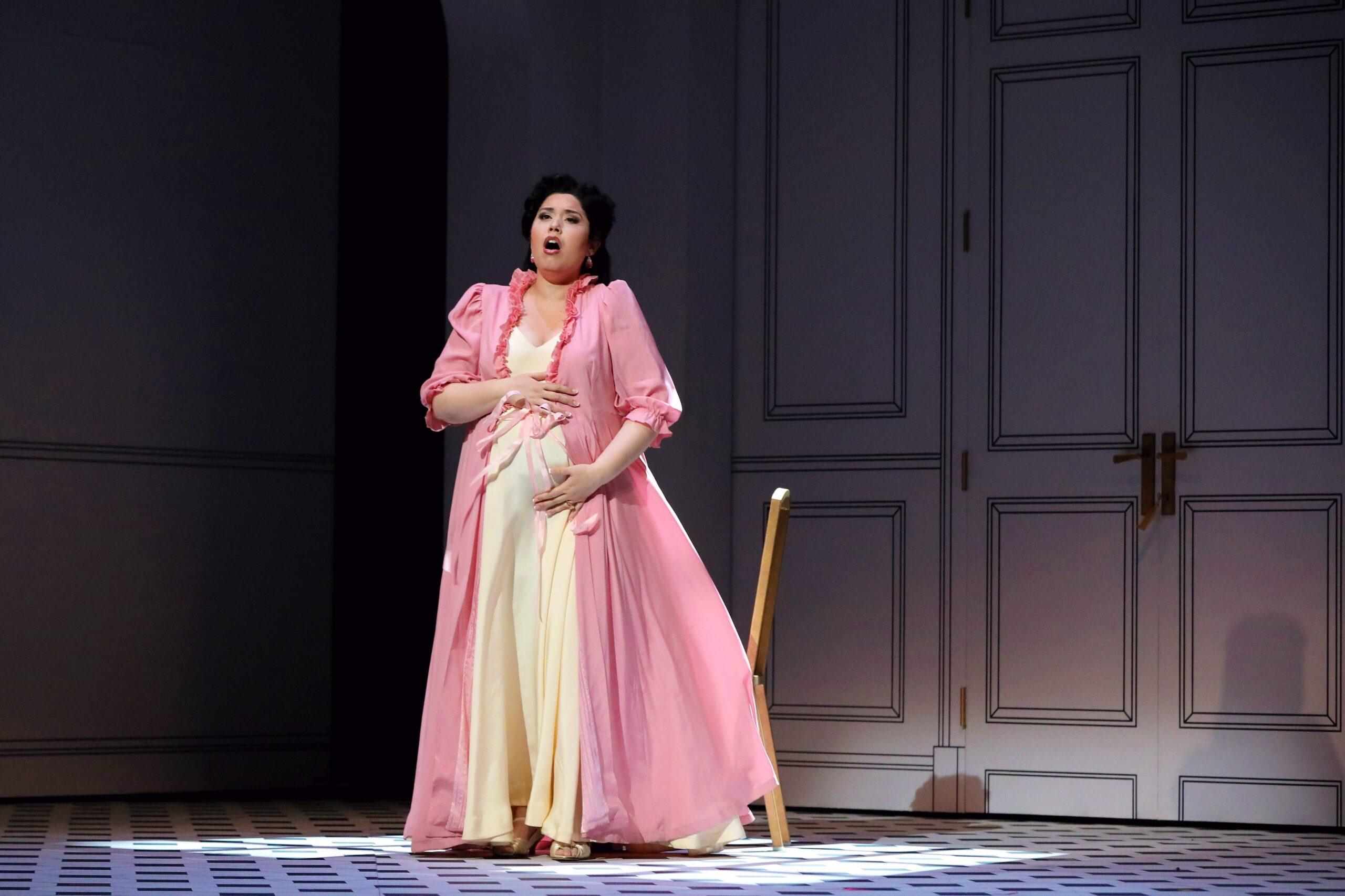 Vanessa Vasquez (Countess Almaviva). Photo Credit: Curtis Brown For The Santa Fe Opera, 2021